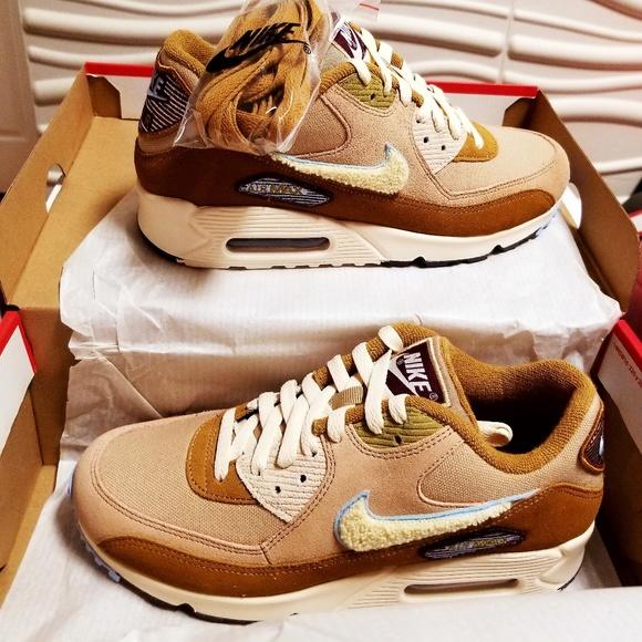 half off b59b6 fc0f6 Nike Air Max 90 Premium SE Varsity Pack Men's Shoe